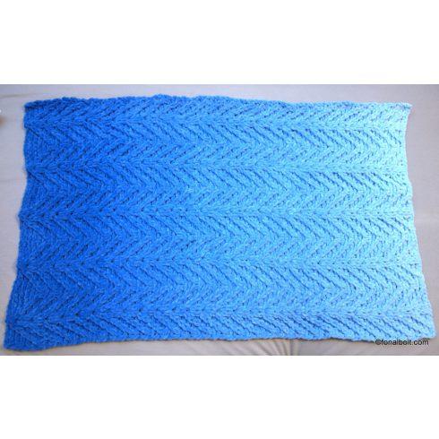 Kék ombré takaró